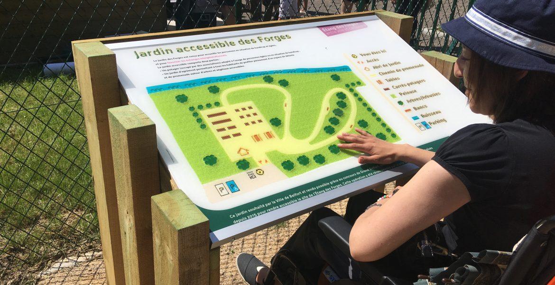 Nouvelle signalétique pour le Jardin accessible des Forges – Belfort